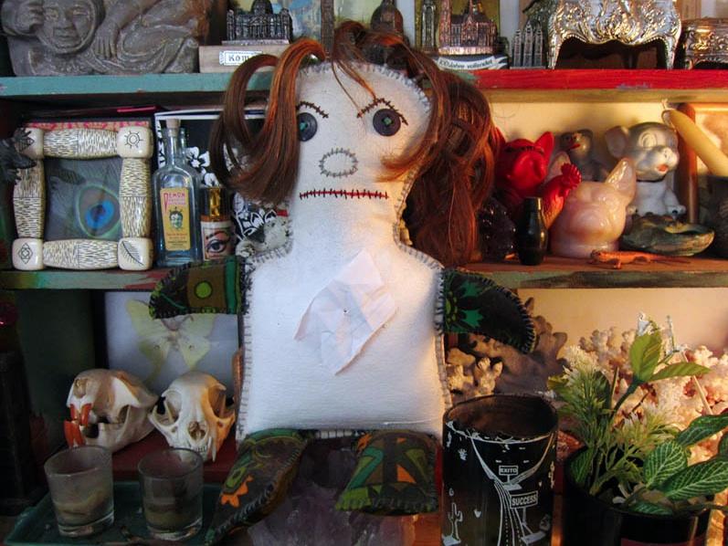 72.fear doll