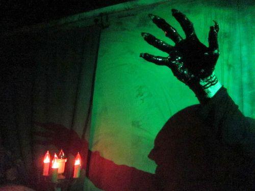 Creep_hand