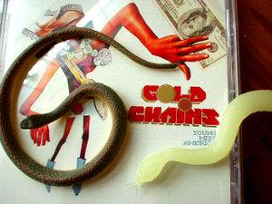 Snakesongoldchainsweb